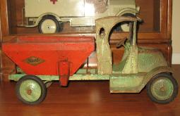 www.buddylmuseum.com, free antique toy appraisals, online american national toy trucks for sale, 1920's american national toy truck, richfield oil truck, buying american national toy trucks, buying sturditoy trucks any condition, 1926 american national circus truck for sale, buddy l toys official website, buddy l,toy appraisals,american national trucks,keystone,vintage space toys,japan, tin toy robots,buddy l toys,sturditoy coal truck,buddy l truck values,antique toys, keystone coal truck, american national toy truck catalog, tin toy robots,japanese tin toys